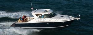Tiara Yachts image
