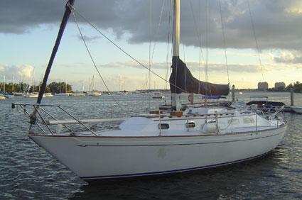 Islander Sailboatts