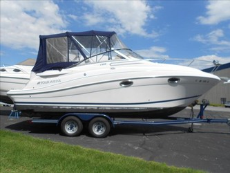 Used Boats: Four Winns V258 for sale