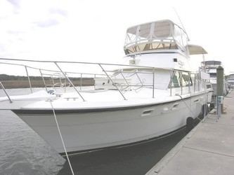 Used Boats: Hatteras Double Cabin for sale