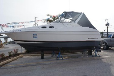 Used Boats: Wellcraft 2800 Martinique for sale