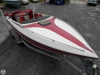 Used Boats: Stingray Maxim 222 SS for sale