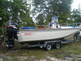 Used Boats: Boston Whaler 220 Outrage for sale
