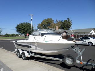 Used Boats: Sea Pro 19 for sale