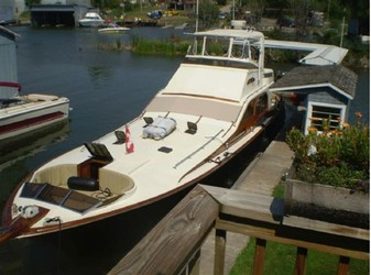 Used Boats: MIDNIGHT LACE 52 Express for sale