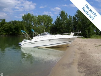 Used Boats: Rinker 280 Fiesta Vee for sale