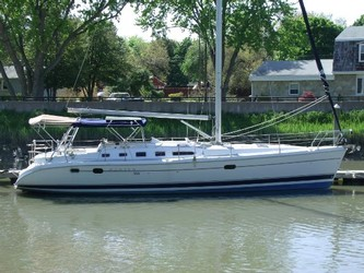 Used Boats: Hunter 466 for sale