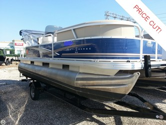 Used Boats: Sun Tracker Party Barge 18 DLX for sale