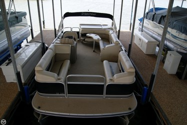 Used Boats: Lowe SS210 for sale