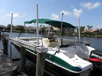 Used Boats: Tahoe 202 Deck Boat for sale