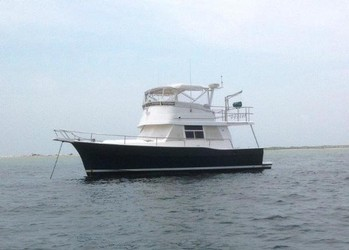 Used Boats: Mainship 390 Trawler for sale