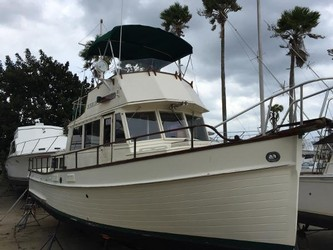 Used Boats: Grand Banks Classic for sale