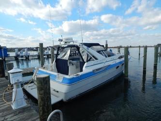 Used Boats: Bayliner 3450 Avanti for sale