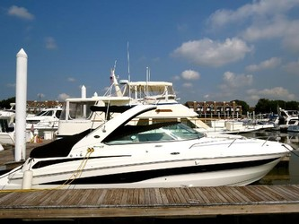 Used Boats: Sea Ray 370 Venture for sale