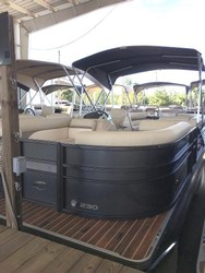 Used Boats: Crest II 230 for sale