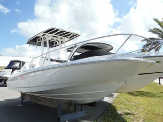 Used Boats: Boston Whaler 240 Dauntless for sale