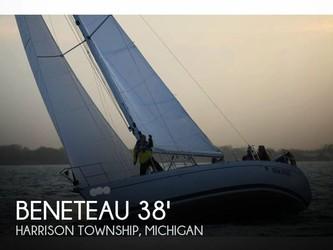 Used Boats: Beneteau Moorings 38-2 for sale