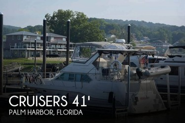 Used Boats: Cruisers Yachts 3950 Esprit Aft Cabin for sale