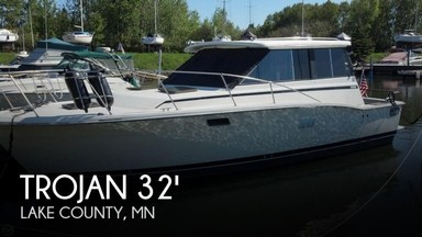 Used Boats: Trojan F32 hard top cruiser for sale