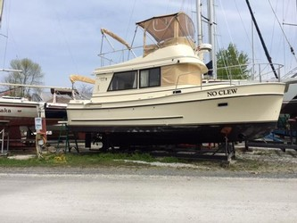 Used Boats: Camano Trawler 31 for sale
