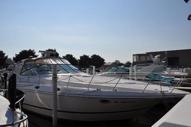 Used Boats: Cruisers 3870 Express for sale