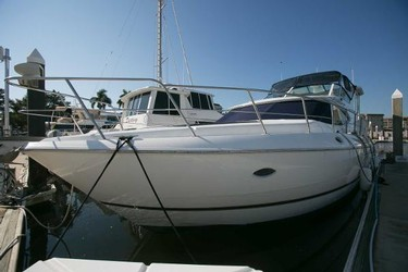Used Boats: Cruisers Yachts 4450 Motor Yacht for sale