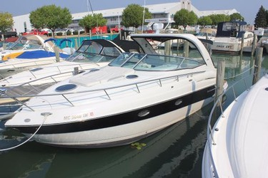 Used Boats: Crownline 330 CR for sale