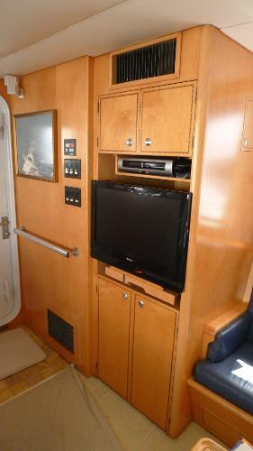 63' Cape Horn, Listing Number 100811284, - Photo No. 5