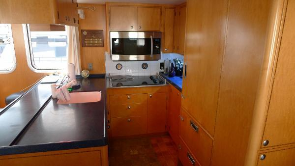 63' Cape Horn, Listing Number 100811284, - Photo No. 6