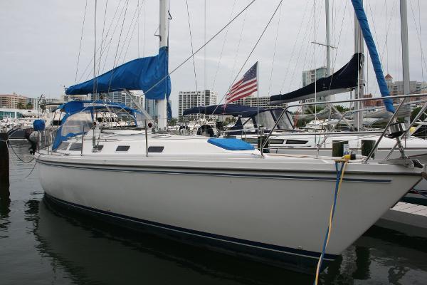42' Catalina 42