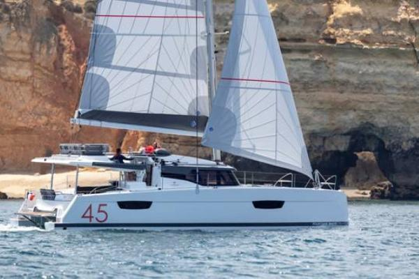 45' Fountaine Pajot 45 ON ORDER