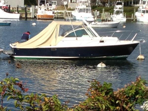 25' Hunt Yachts Surfhunter 25