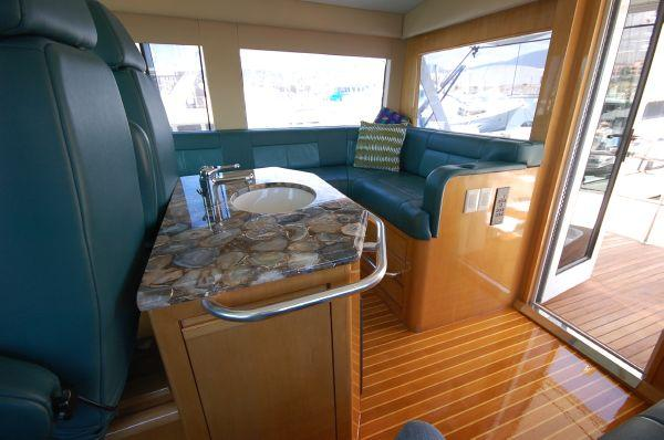 65' Hatteras, Listing Number 100780584, - Photo No. 16