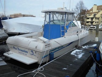 Used Boats: PROLINE 2950 Walkaround for sale