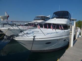 Used Boats: Carver 444 Cockpit Motor Yacht for sale