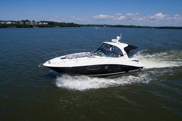 Used Boats: Sea Ray 350 Sundancer for sale