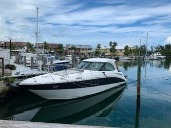 Used Boats: Cruisers Yachts 390 Sports Coupe for sale
