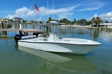 Used Boats: Yellowfin 26 Hybrid for sale