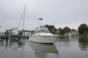 Used Boats: Rampage 30 Walkaround Express for sale