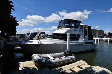 Used Boats: Carver 355 Aft Cabin for sale