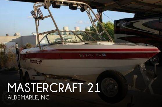 20' Mastercraft ProStar 205V