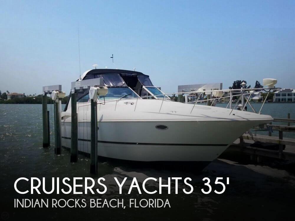 37' Cruisers Yachts 3772 Express