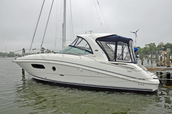 37' Sea Ray 370 Sundancer